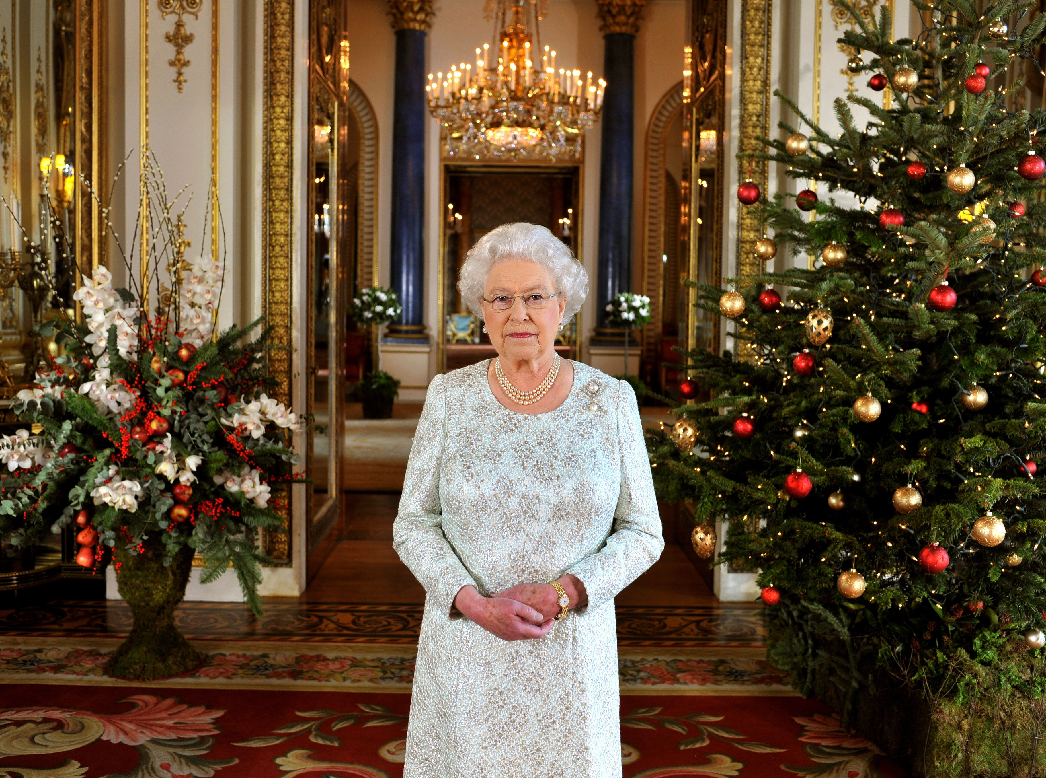 The Queen's Windsor Castle residence has been decorated for Christmas