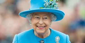 queen-elizabeth-ii-blue-hat-coat