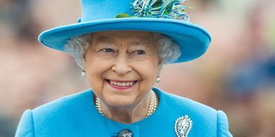 The Queen is hiring a live-in gardener to help keep Buckingham Palace's gardens pristine