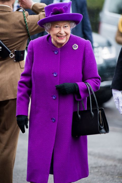 the queen visits the king george vi day centre
