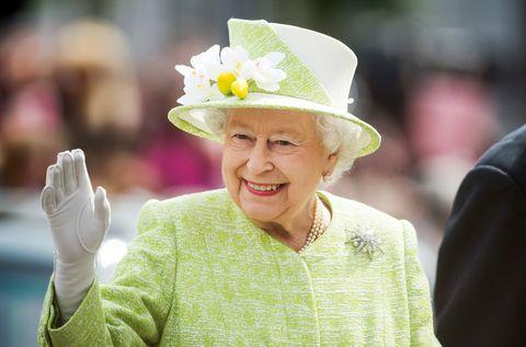 【英國皇室】皇室面臨近年最大財務危機,女王開始經營副業賣「琴酒」?