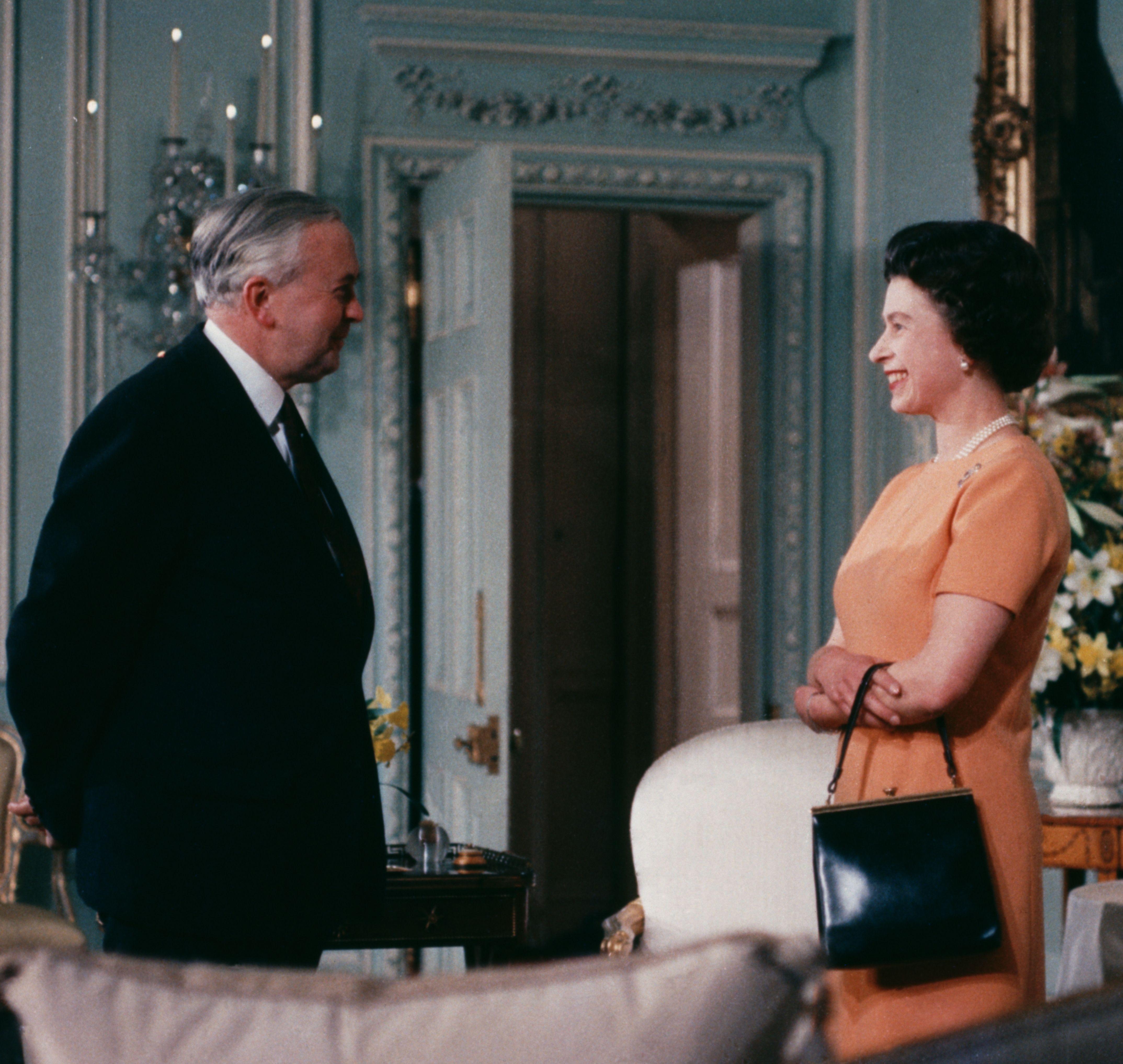 """The Crown: Harold Wilson Was Queen Elizabeth's Colleague and """"Confidante"""""""