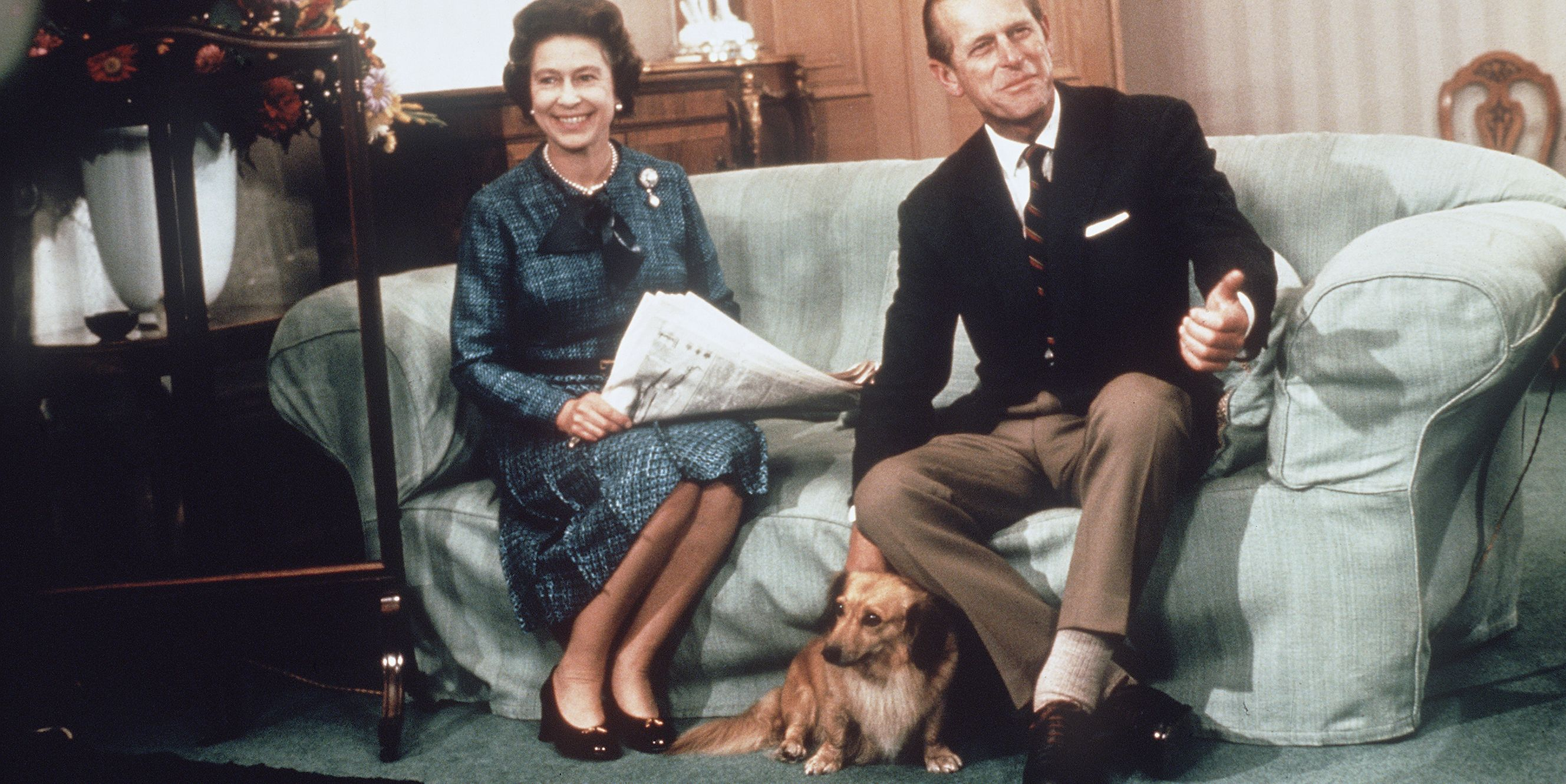 Queen Elizabeth ll and Prince Phillip relax at Balmoral