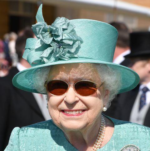 queen elizabeth sunglasses