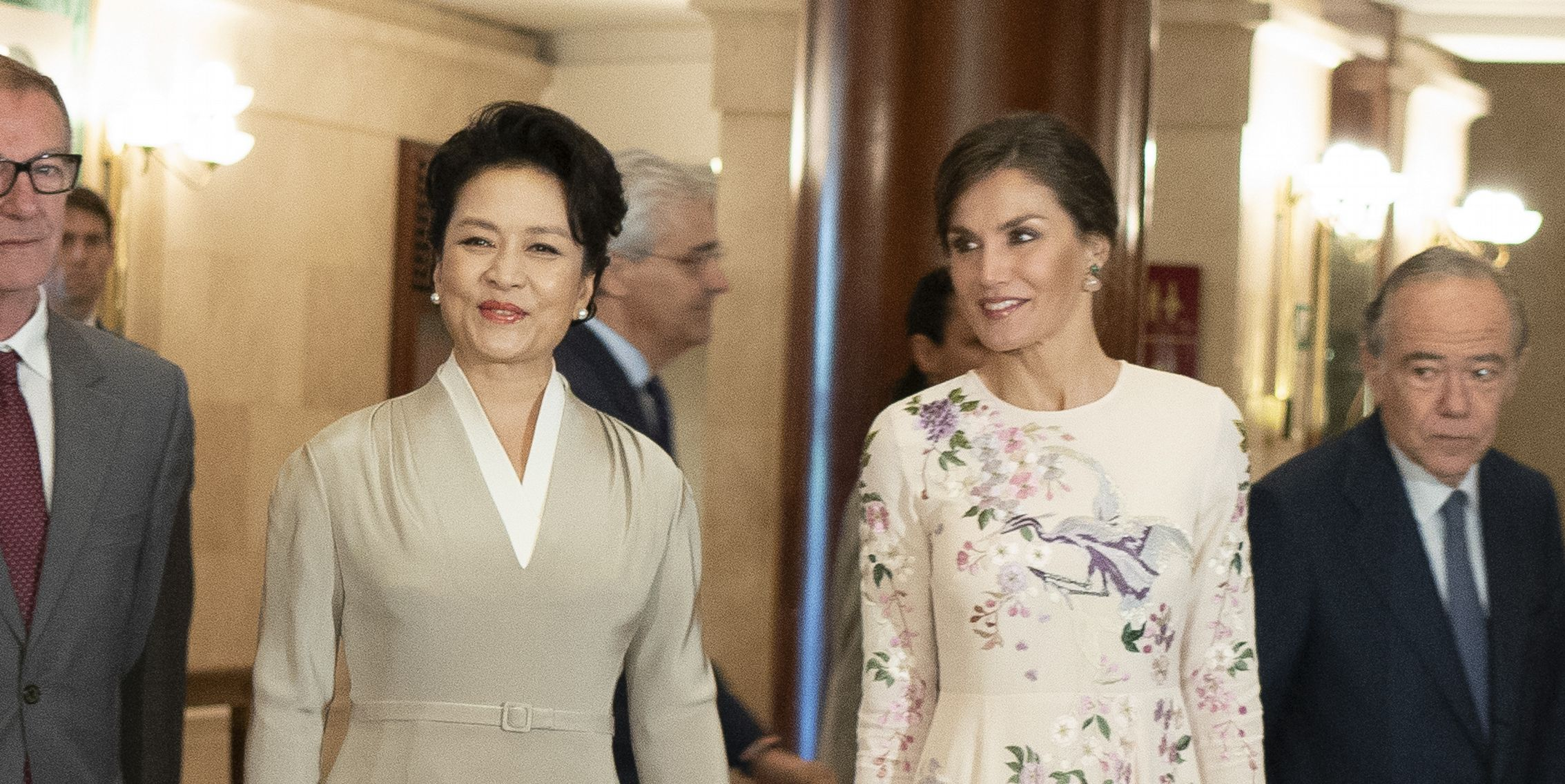Queen Letizia And Chinese First Lady Peng Liyuan Arrives At The Royal Teathre