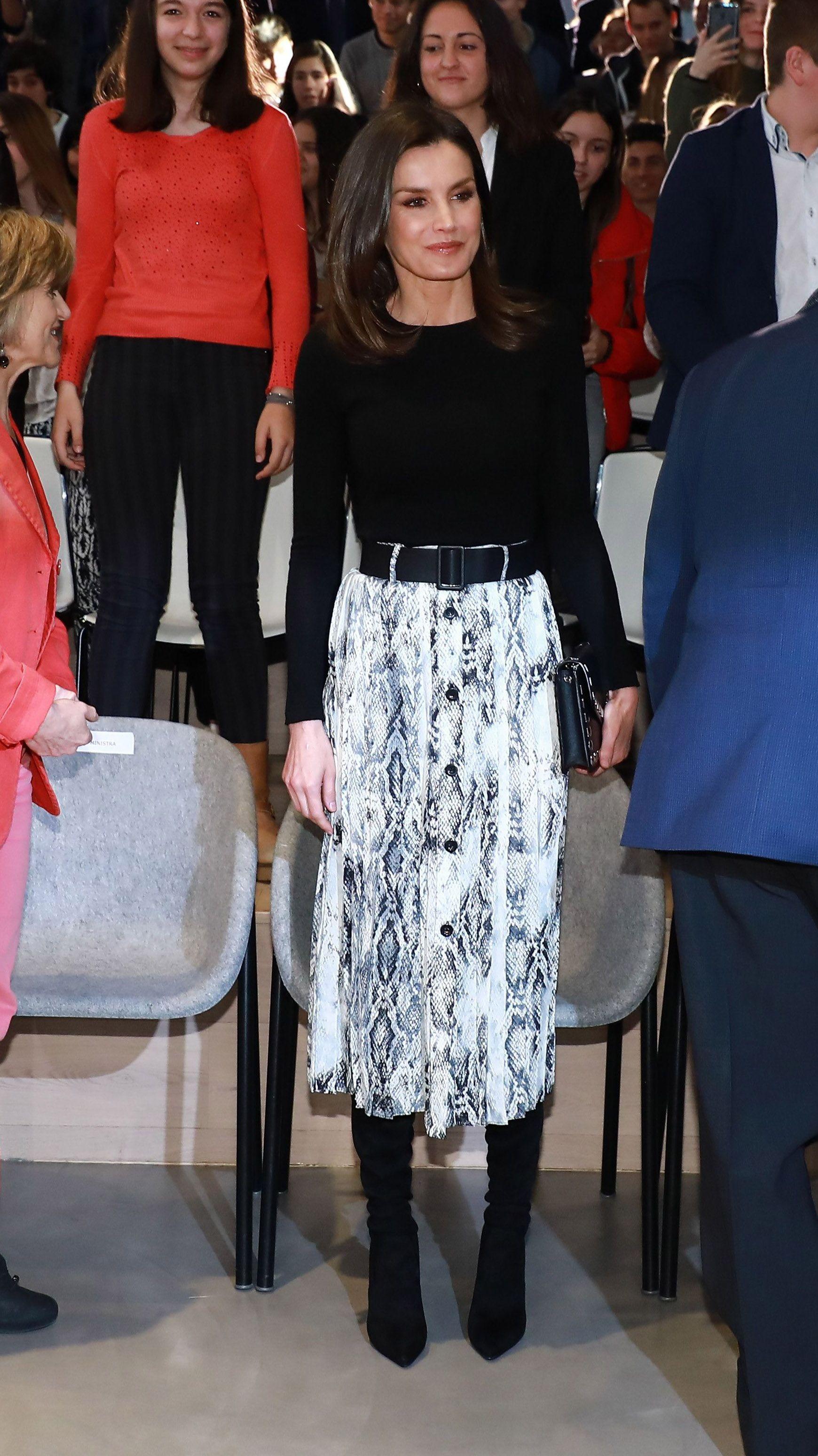6dfd5488ee8 El estilo de la Reina Letizia - Todos los  looks  de la reina Letizia