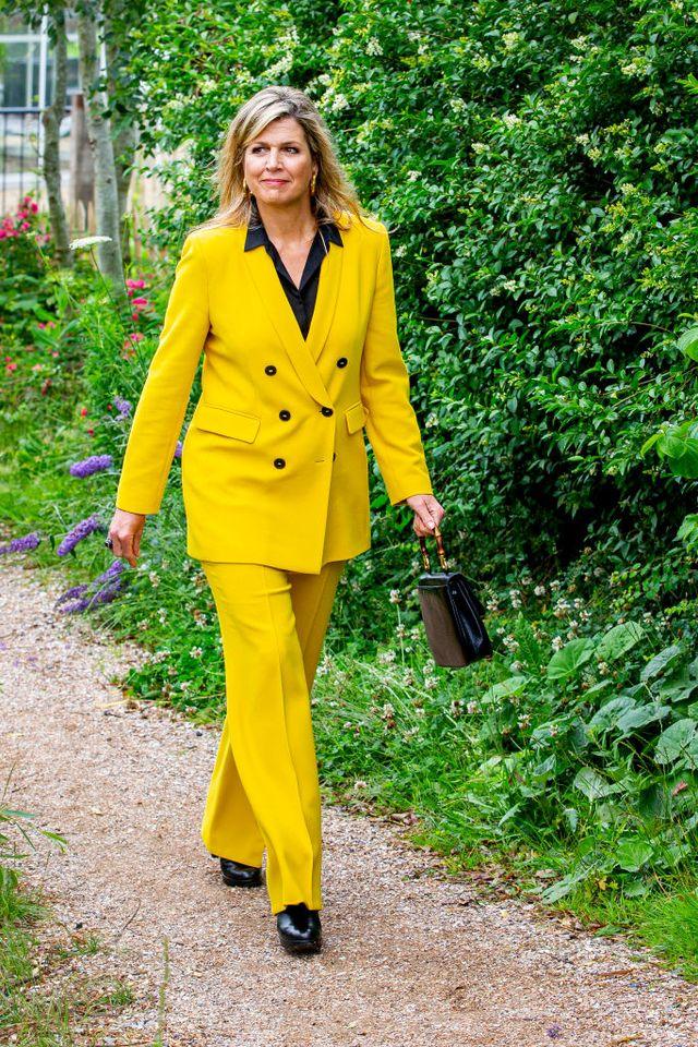 máxima de holanda traje amarillo zara
