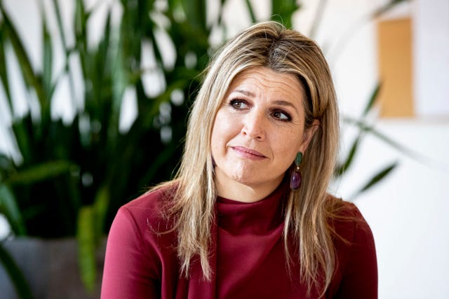 queen maxima of the netherlands visits dance netherlands dance theater in the hague
