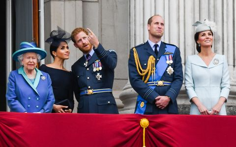 meghan markle prince harry archie queen