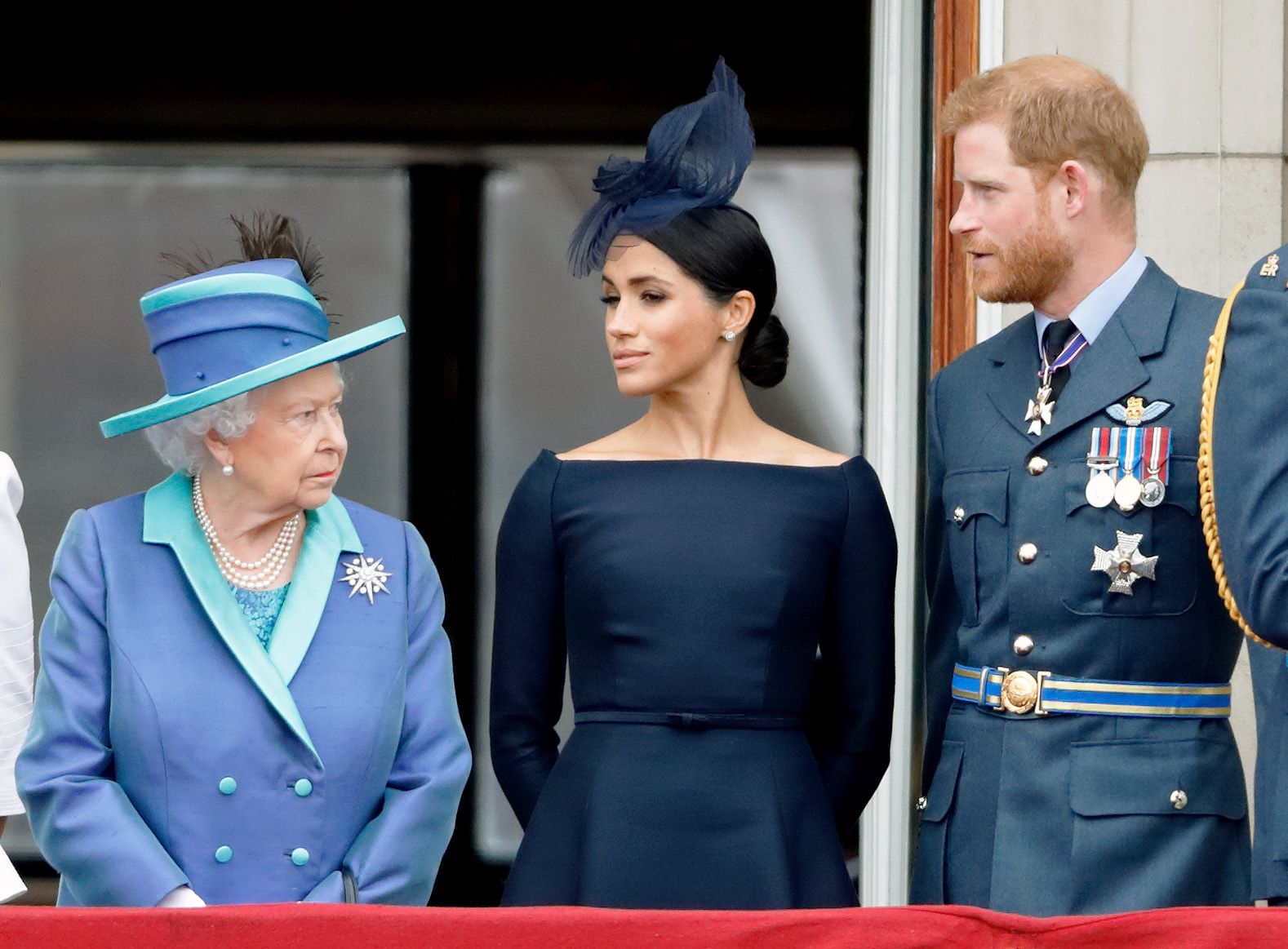 """The Queen's Aides Have Reportedly Hit a """"Deadlock"""" in Finalizing the Details of Harry and Meghan's Exit"""