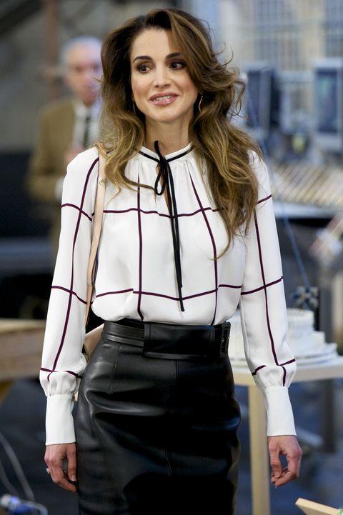 Queen Rania Of Jordan S 63 Best Fashion Moments