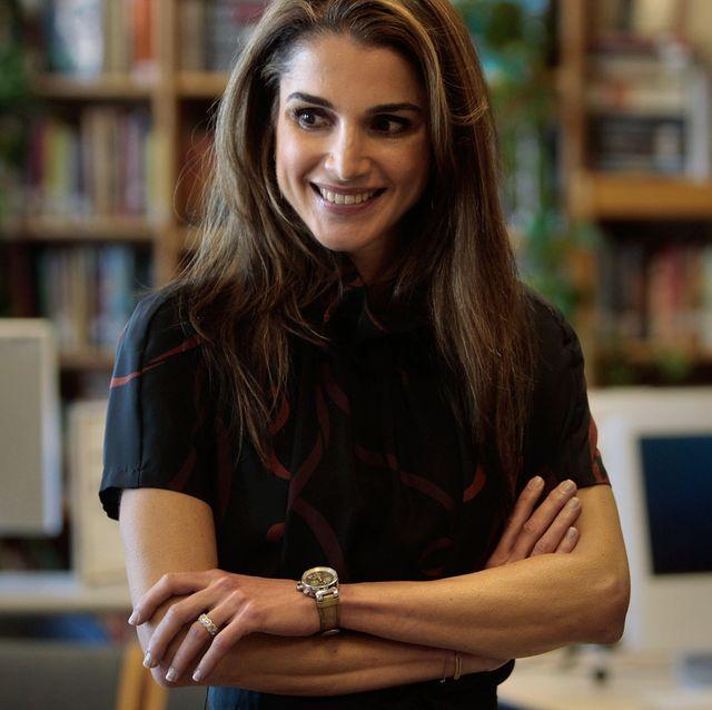 jordan's queen rania visits harlem girls school