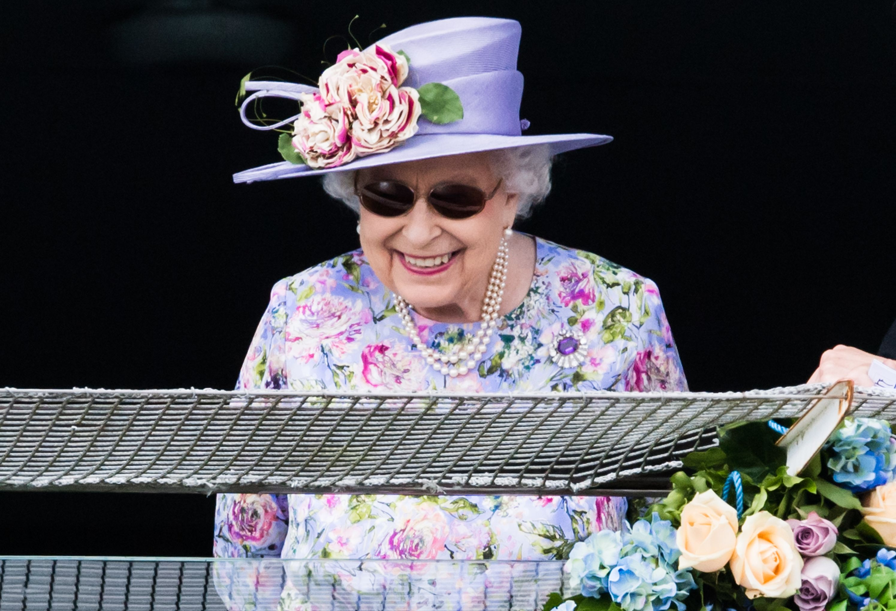 fcd760a75a This is why the Queen has been wearing sunglasses