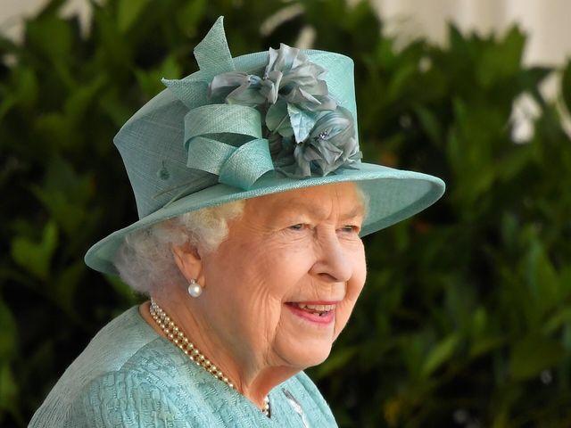 the queen, work, captain tom moore