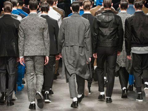 Footwear, Leg, Trousers, Outerwear, Jacket, Standing, Coat, Style, Fashion, Street fashion,