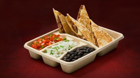 Dish, Food, Cuisine, Ingredient, Tortilla chip, Nachos, Comfort food, Junk food, Produce, Dip,