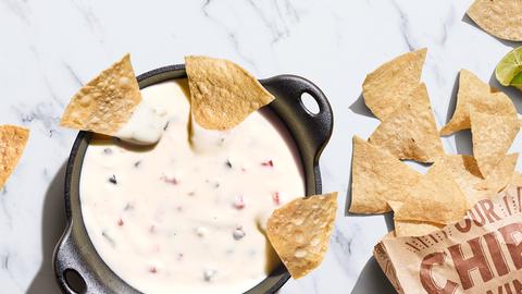Food, Tortilla chip, Cuisine, Dish, Nachos, Totopo, Dip, Ingredient, Cracker, Cheese spread,