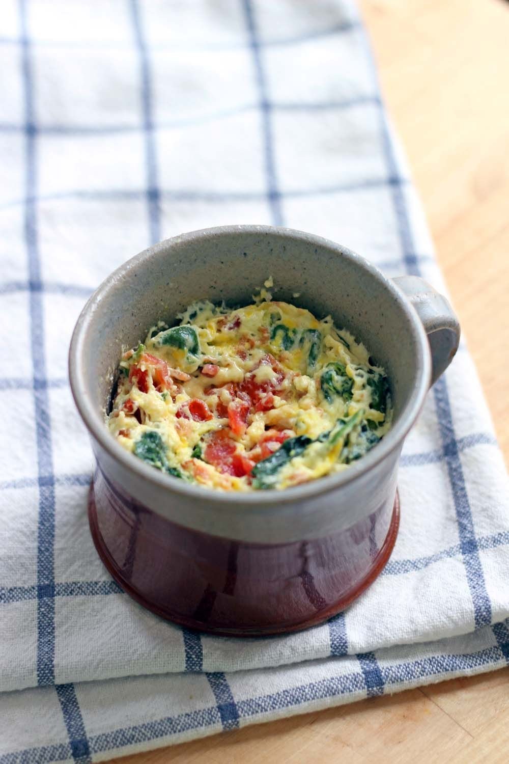 spinach and cheddar microwaveable quiche in a mug