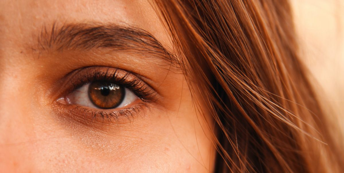 quistes de milium dentro del ojo