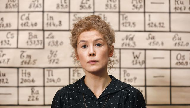 rosamund pike radioactive marie curie