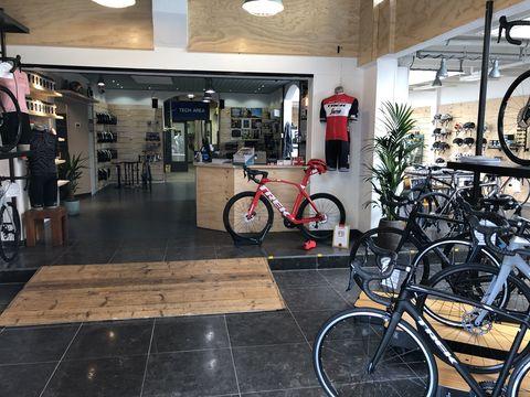Raas Bikes Leiden - Bicycling Club