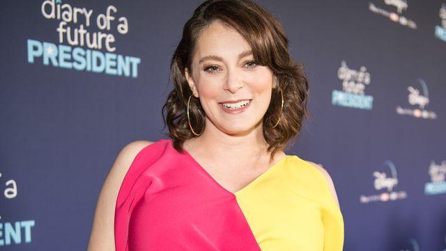 ドラマ『クレイジー・エックス・ガールフレンド』など、数々のテレビドラマで活躍してきた、女優でコメディアンのレイチェル・ブルーム(34歳)。彼女は胸を小さくする「乳房縮小術」を受けており、8月13日(現地時間)には自身のinstagramにその心境を明かした。