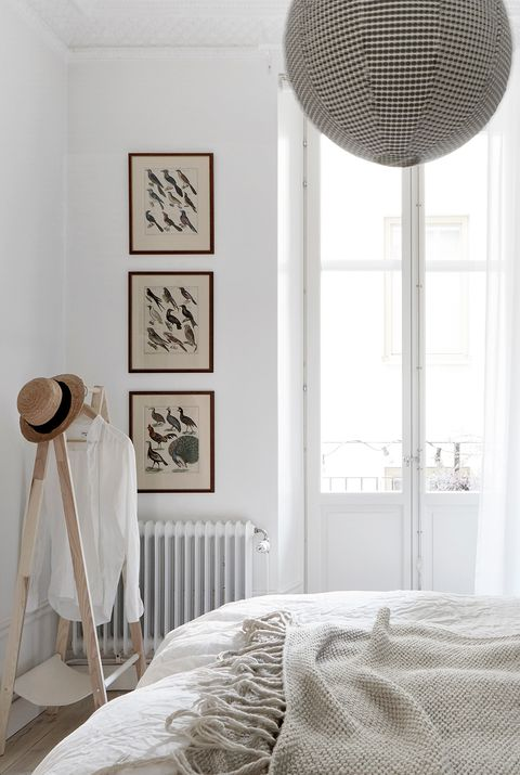 Marvelous 11 Stylish Radiator Cover Ideas Creative Ways To Hide A Download Free Architecture Designs Scobabritishbridgeorg