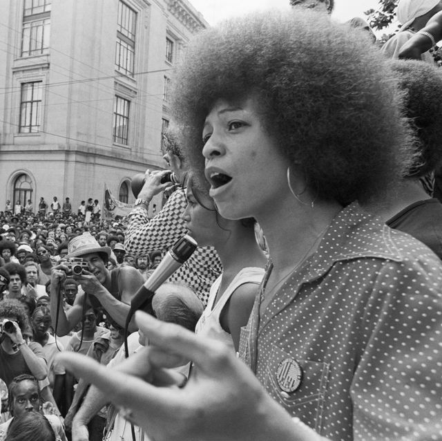 angela davis addressing rally