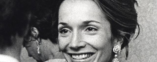 Facial expression, Smile, Eyebrow, Forehead, Portrait, Monochrome, Iris, Photography, Happy, Black-and-white,