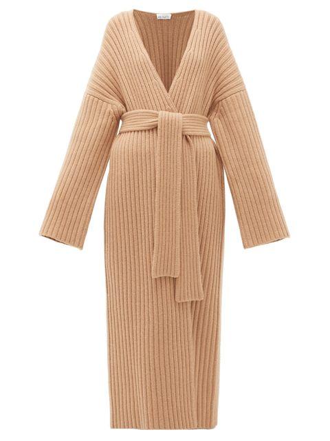 Clothing, Robe, Dress, Brown, Gown, Nightwear, Beige, Sleeve, Outerwear, Wrap,