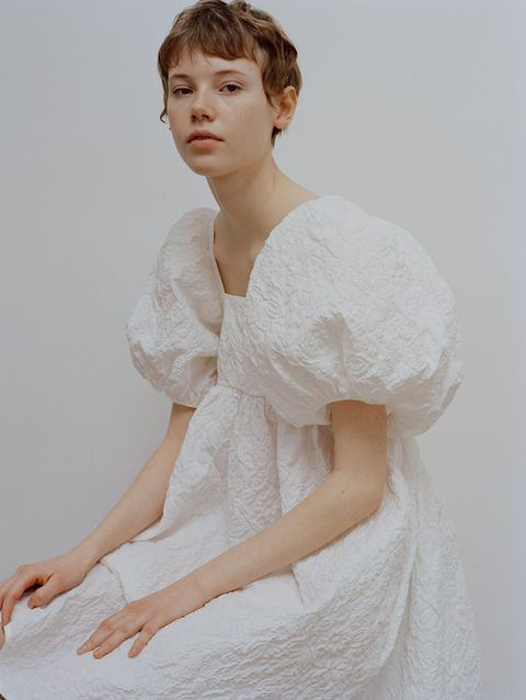 White, Clothing, Shoulder, Skin, Beauty, Arm, Dress, Elbow, Gown, Photo shoot,
