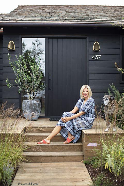 the outdoorsy type southern california cottage, homeowner raili clasen