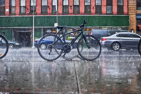 commute in the rain biking in the rain