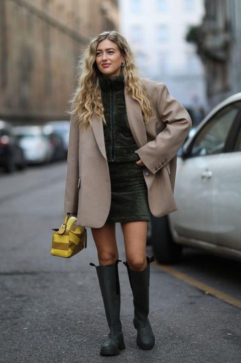 Street fashion, Clothing, Photograph, Yellow, Fashion, Footwear, Snapshot, Knee, Outerwear, Knee-high boot,