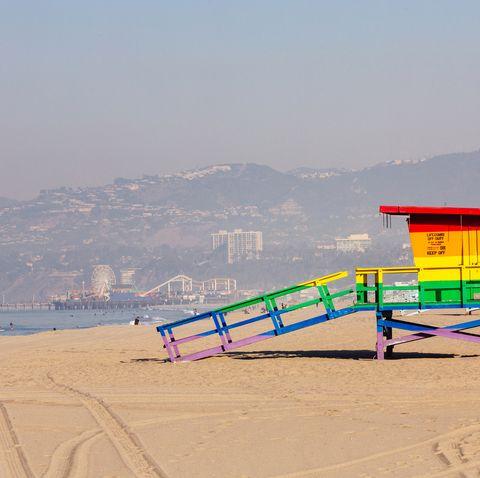 rainbow colored lifeguard tower at venice beach