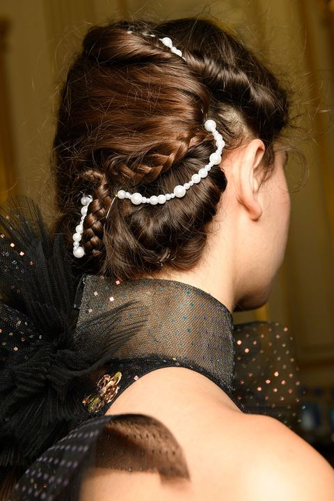 Ralph & Russo couture autumn/winter 2019 hair accessories