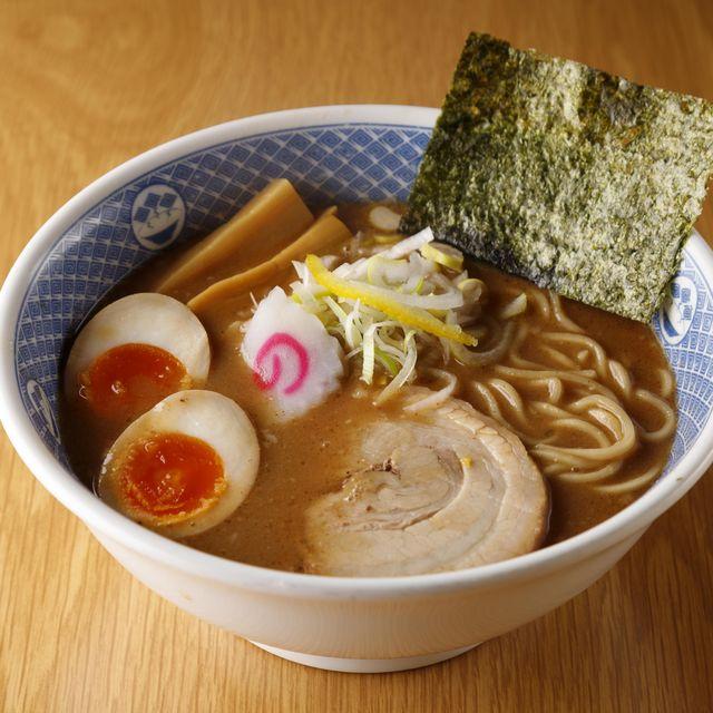 ramen noodle japanese food