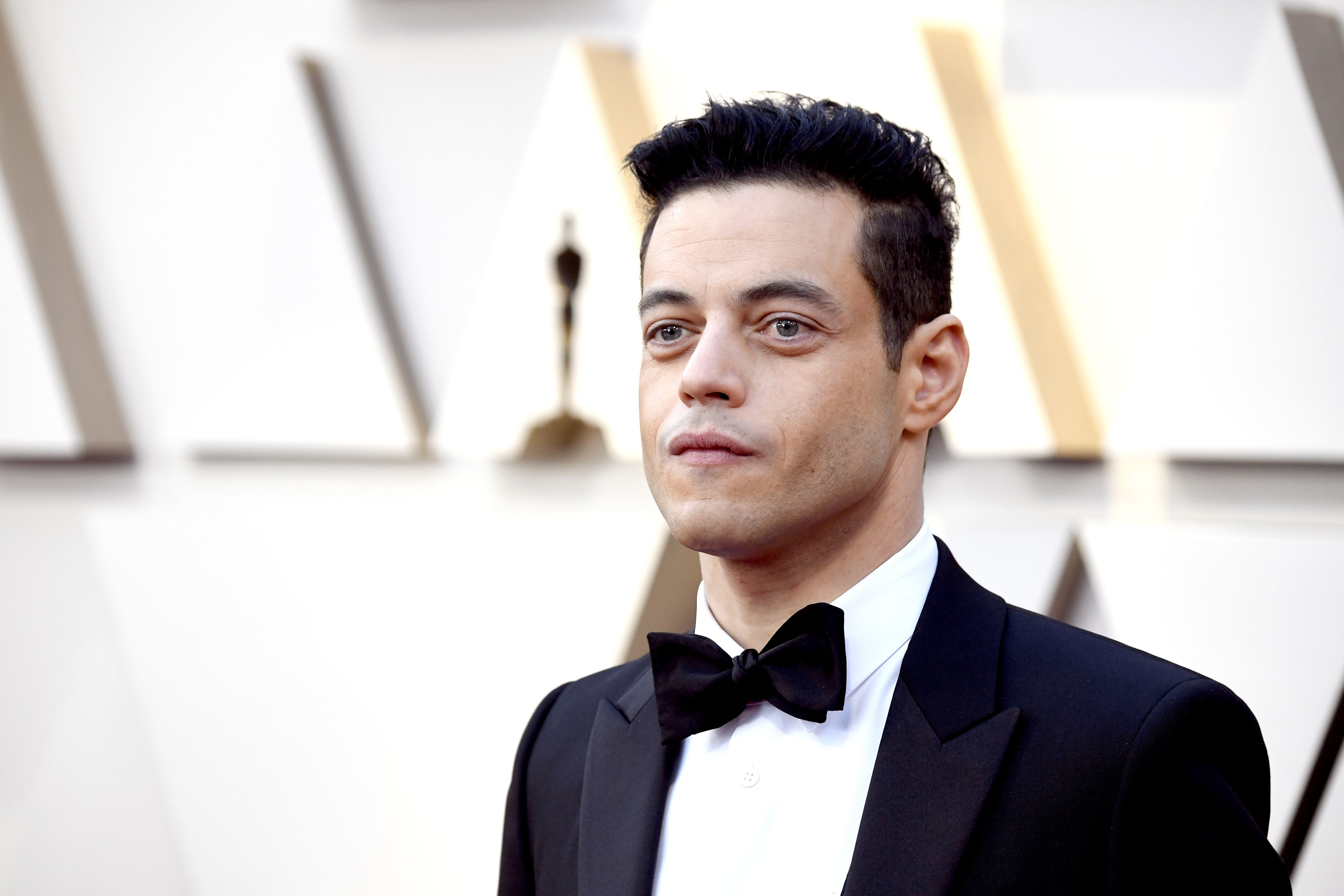 """Exclusive: James Bond villain Andrew Scott says Rami Malek will do something """"surprising"""" in No Time to Die"""