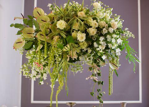 Arreglo floral colgante