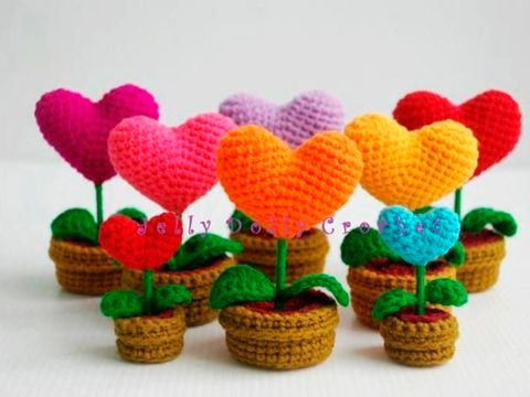 Crochet, Flowerpot, Plant, Font, Flower, Craft, Petal, Heart, Artificial flower, Art,