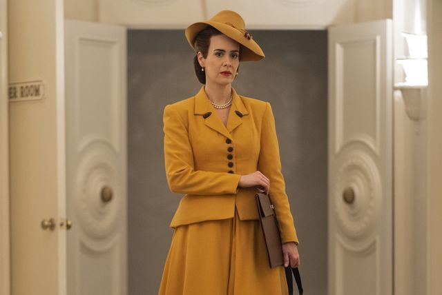 sarah paulson as mildred ratched in episode 101 of ratched