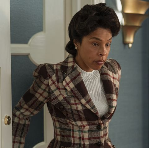 ratched l to r sophie okonedo as charlotte wells in episode 105 of ratched cr saeed adyaninetflix © 2020