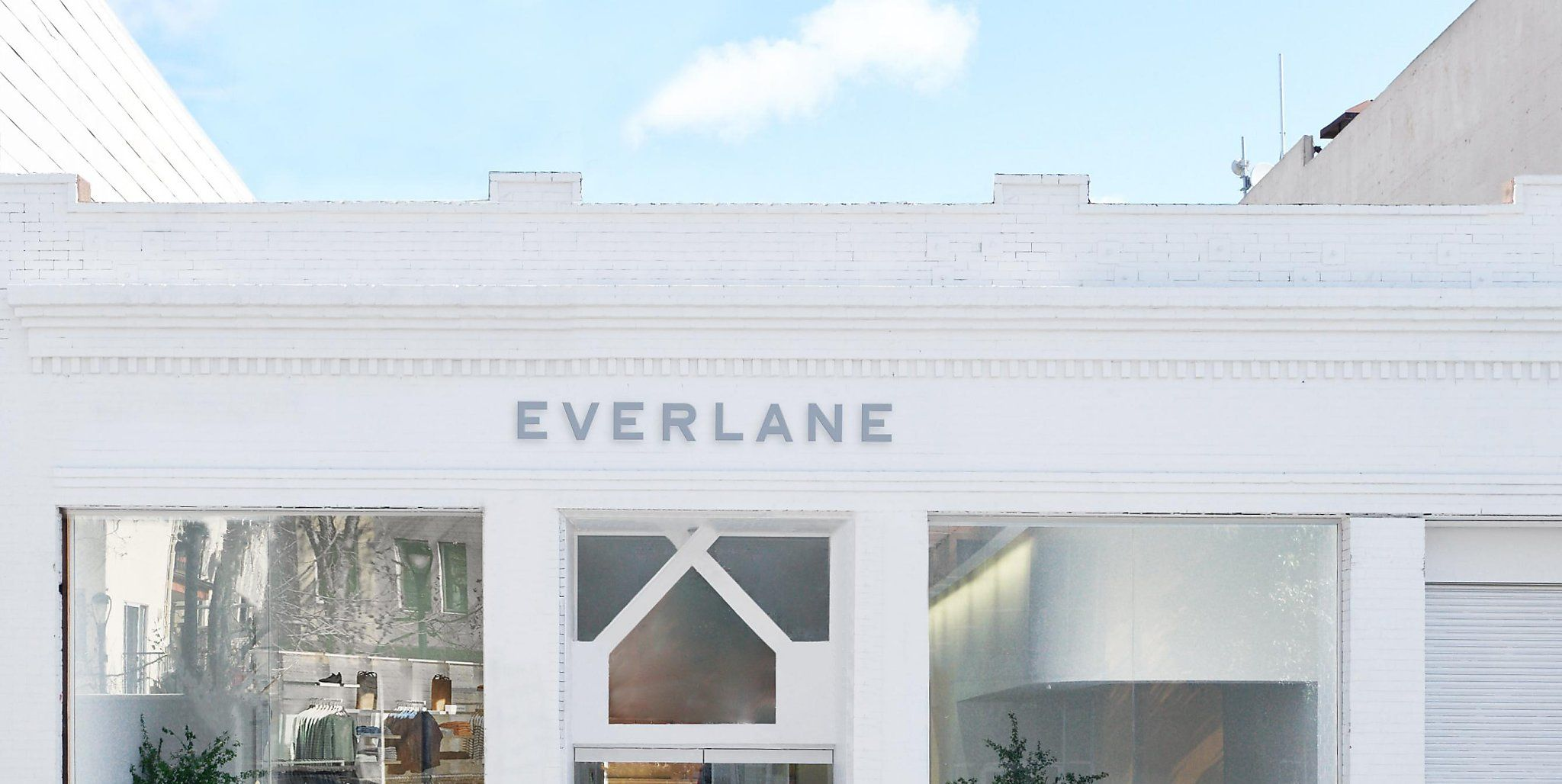 Nike, Reformation, and Everlane Are The Latest Brands to Shut Down All Retail Locations In Response to COVID-19