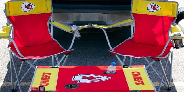 rawlings nfl table and chair tailgate kit