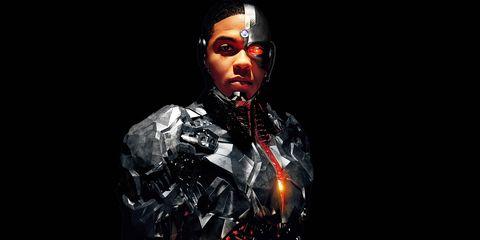 ray fisher en el papel de cyborg en liga de la justicia
