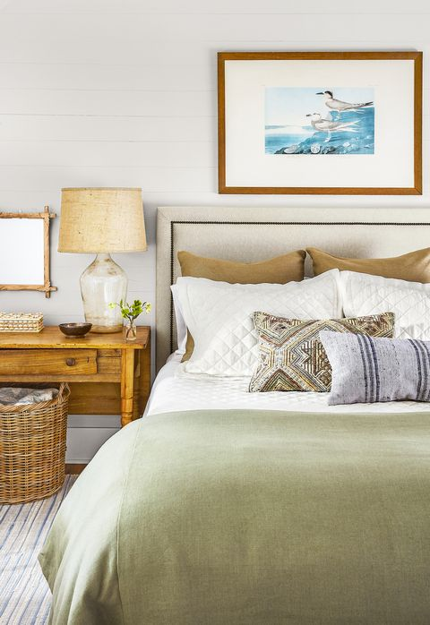 tips for calm and happy home - bedroom design