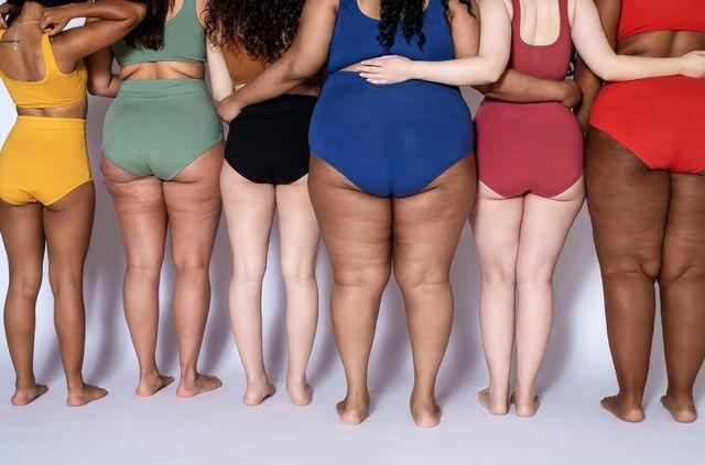 mujeres reales de espaldas