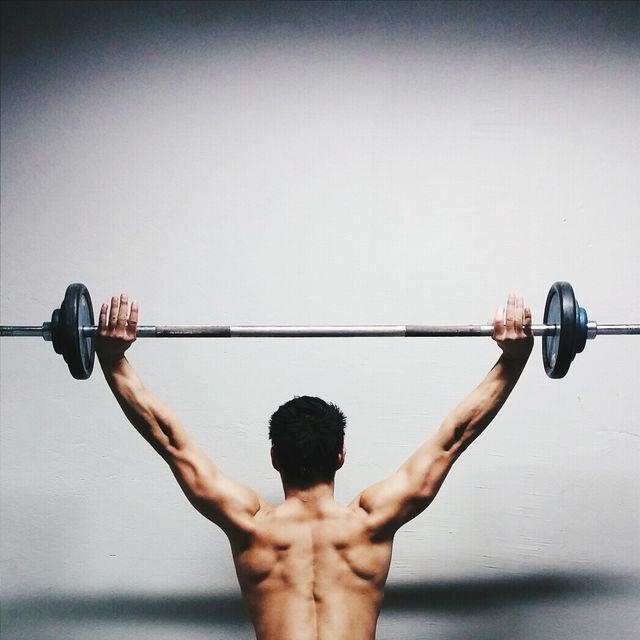 entrenamiento de hombros