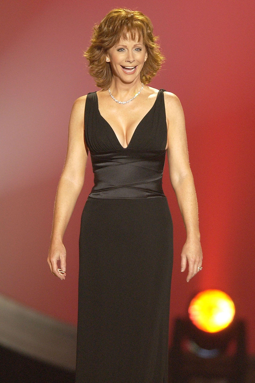 0842f2e0a6 Reba McEntire s Best ACM Awards Show Looks - Reba McEntire ACMs Red Carpet  Looks