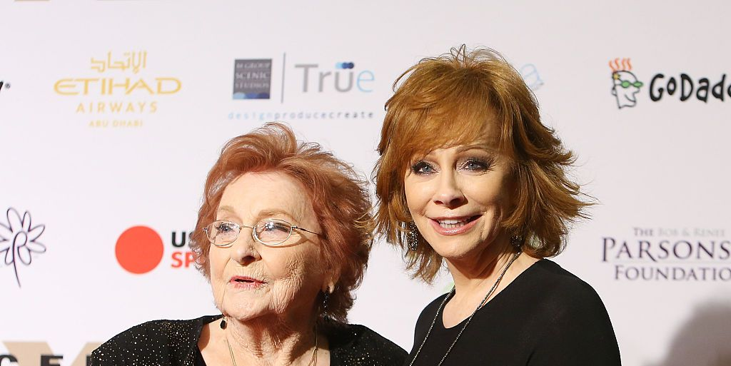Reba McEntire's Mother Jacqueline McEntire Dead at Age 93 After Cancer Battle